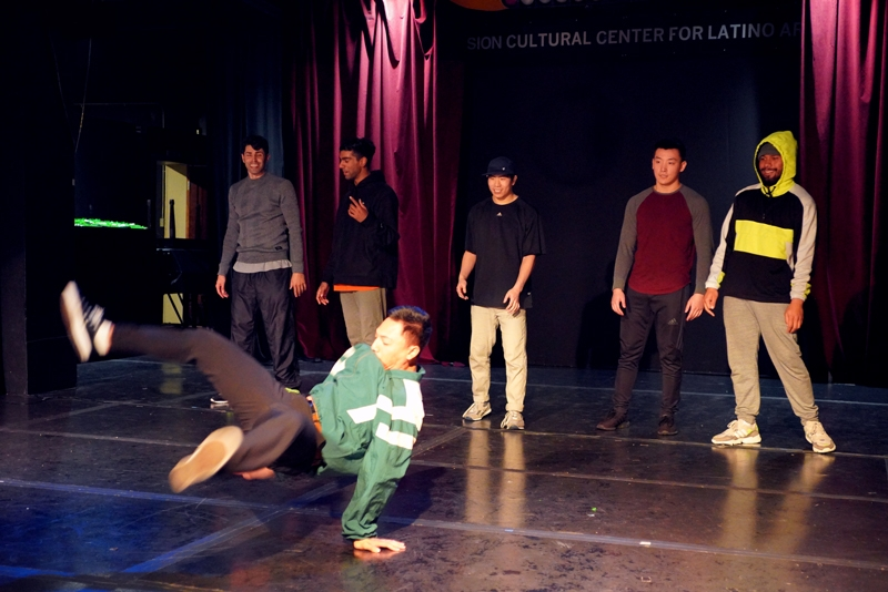 Break Dance Cypher Practice (1)