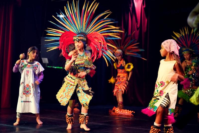 Danza Azteca (1)