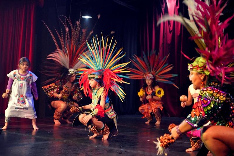Danza Azteca (2)