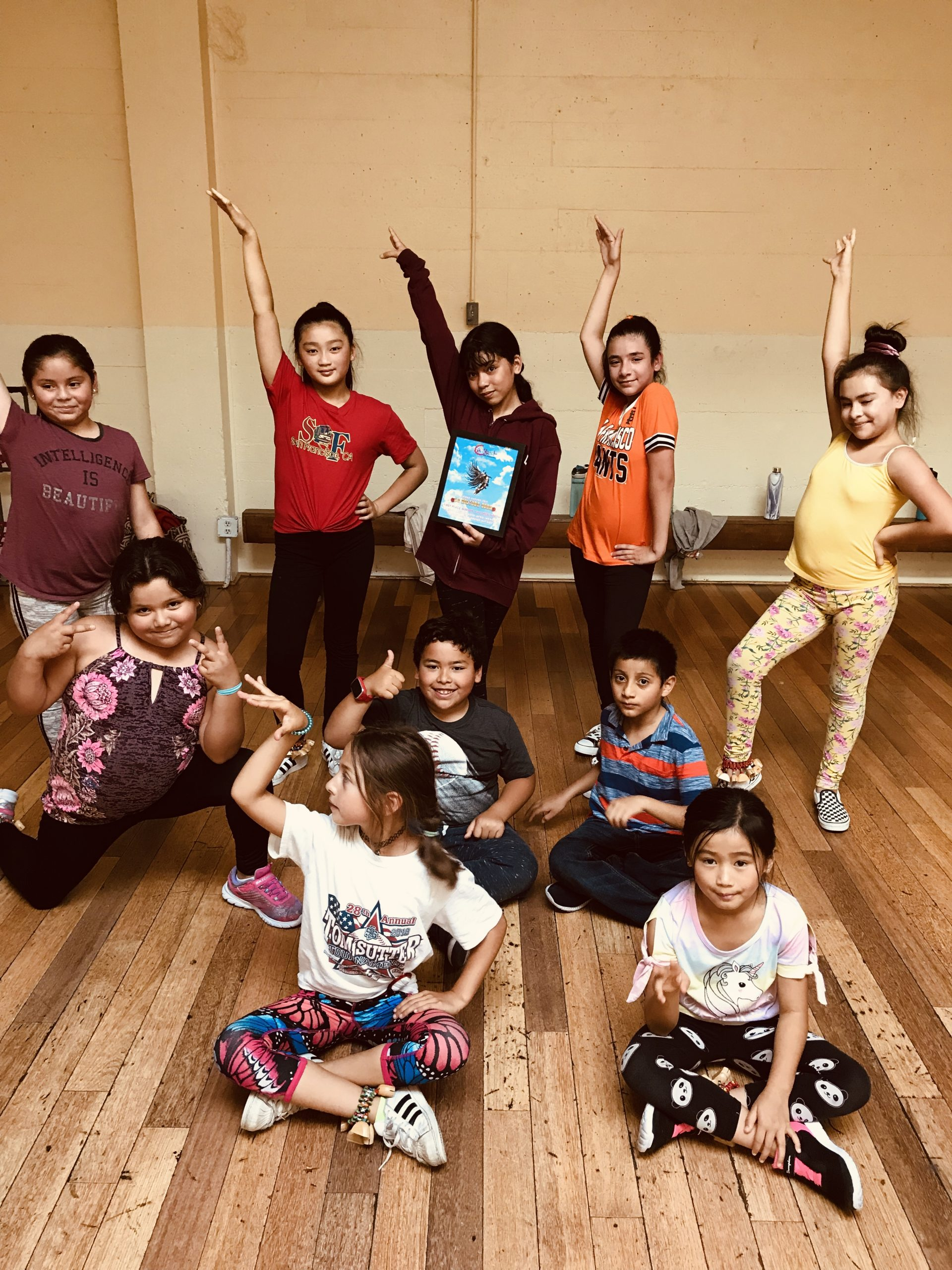 Mixtiso Dance Class with Vanessa