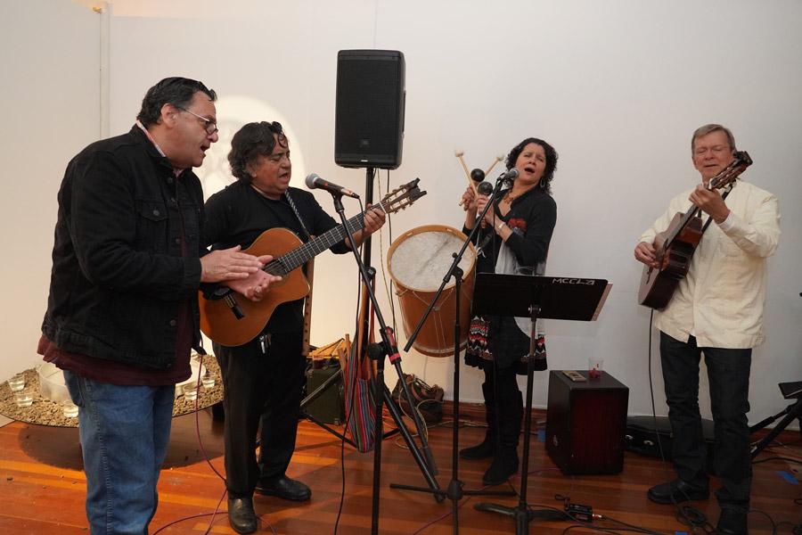 Madelina Y Los Carpinteros